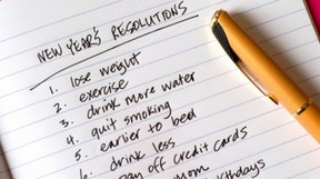 new year resolution list stop smoking, lose weight, exercise, drink less, enjoy life.